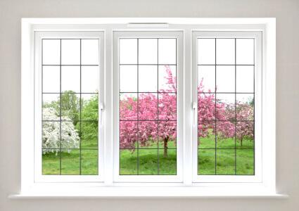 Dreiflügeliges Fenster