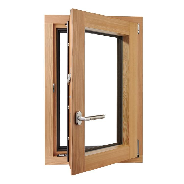 Plano Fenster aus Kiefer geöffnet