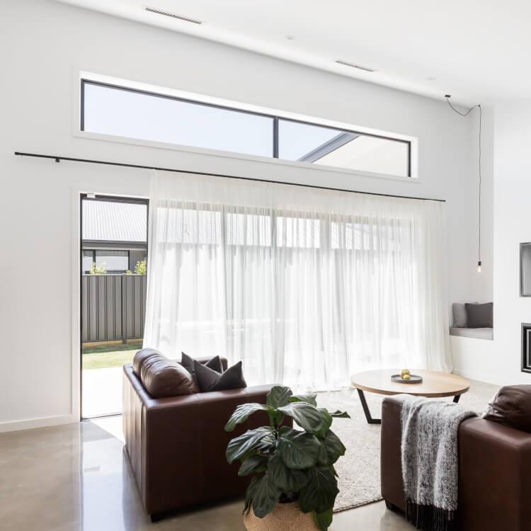 Lichtband-Fenster in horizontaler Ausrichtung