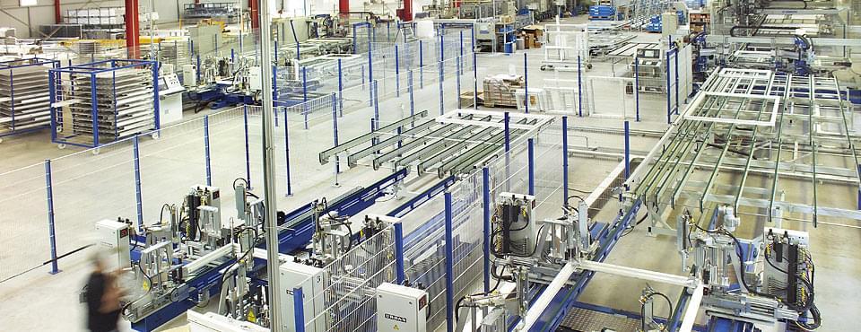 Unser Kunststofffensterproduktion  - Produktionshalle