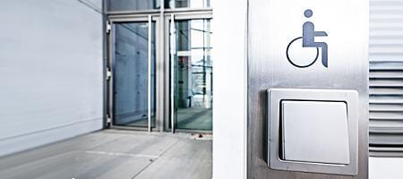 Haustüren nach Maß für Menschen mit Behinderung