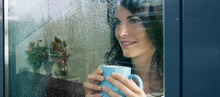 Die richtige Technik um Fenster abzudichten