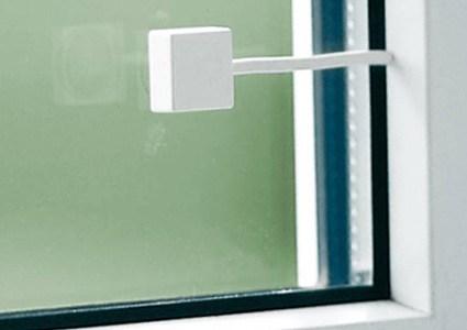 Fenstersicherung mit alarm von abus online kaufen for Fenstersicherungen gegen aufhebeln