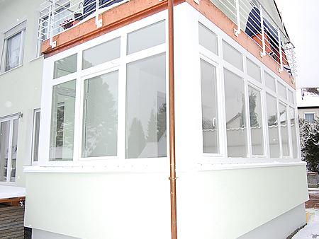 Weiße Kunststofffenster in München