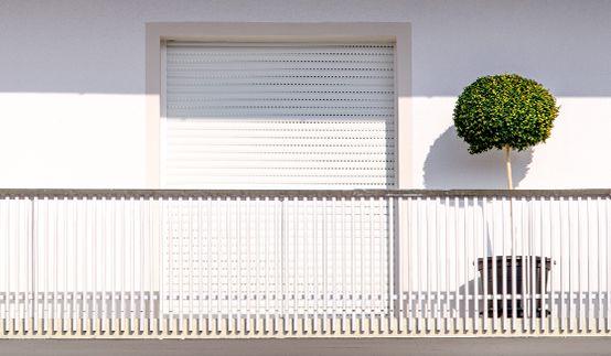Rollladen Kunststoff außen-weiß