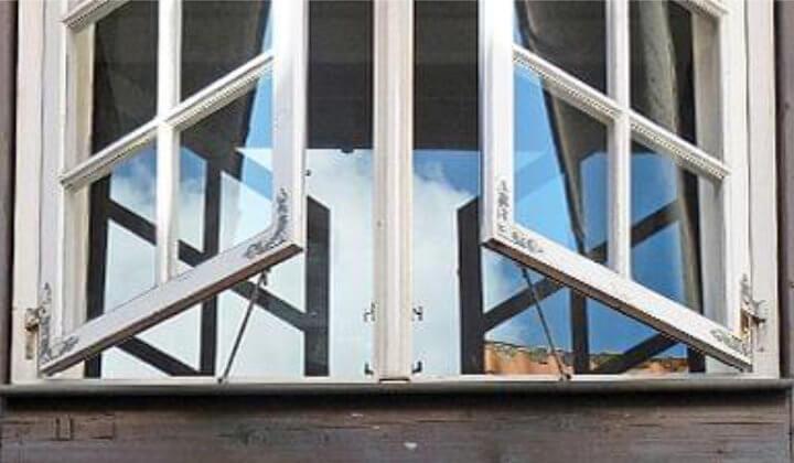 Holzkastenfenster
