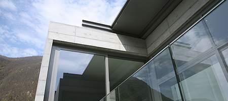 Moderne Stahlfenster