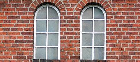 Montage von Rundbogenfenster