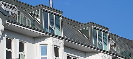 Gaubenfenster mit einem liegenden Dachfenster