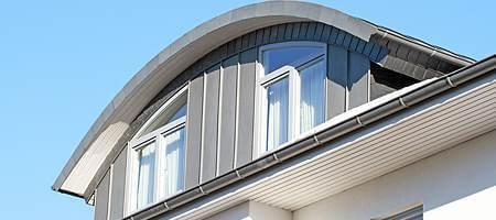 RAL-Montage für Segmentbogenfenster