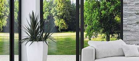 Balkontüren und Terrassentüren sind in Aluminium, Holz, Holzaluminium, Kunststoffaluminium oder Kunststoff