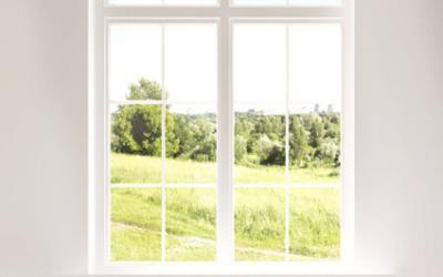 Zweiflügelige Fenster