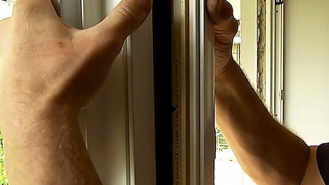 Video-Anleitung: Montage Kopplung Fenster-Türkombination