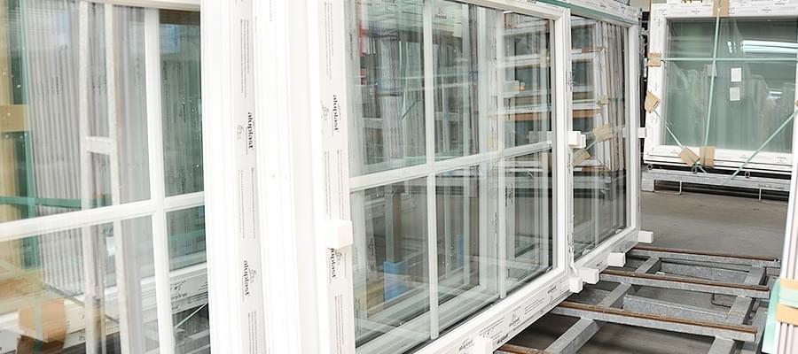 Fensterelement aus kunststoff holz zu g nstigen preisen for Fensterelemente kunststoff