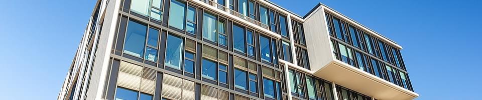 Fassade mit schaltbarer Verglasung