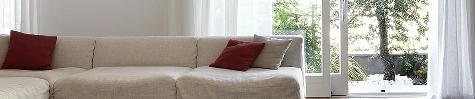 terrassen schiebet r aus kunststoff holz und holz alu. Black Bedroom Furniture Sets. Home Design Ideas